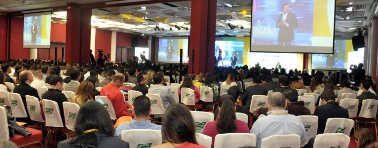 Más de 1400 profesionales de la industria de los negocios por Internet se dieron cita en el eCommerce Day Bogotá 2017